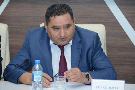 """Etibar Əliyev: """"Ölkənin birinci təhsil eksperti mənəm"""""""